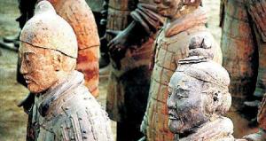 Deux terracota warriors à Xian